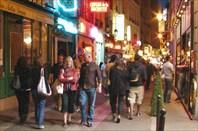 Вечерняя парижская улочка