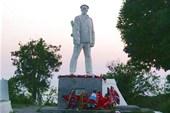 Памятник герою ВОВ Калинину