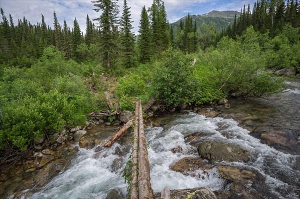 Переправа через ручей Высокогорный