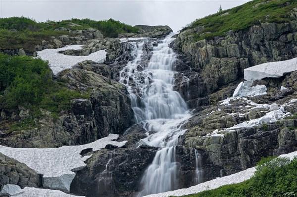 Верхняя ступень водопада