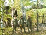 Проходная и ворота одного из лагерей.
