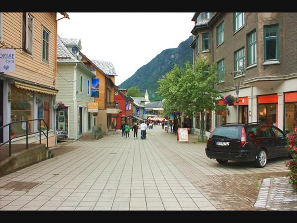 Маленький и уютный городок Одда
