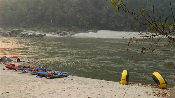 Река Каменг, стрелка с рекой Бичём