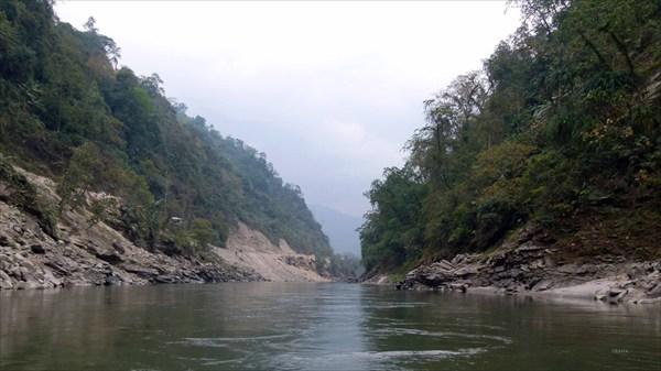 Река Каменг ( прогон до Бхалукпонга)