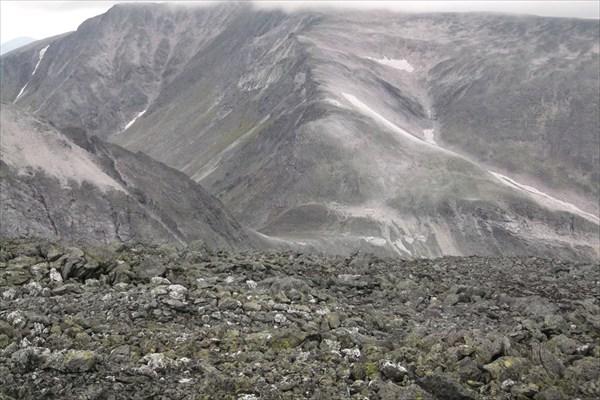 Перевал Ураганный с г. Спутник