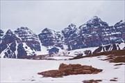 Вид на долину десяти пиков