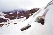 Пещеры ледника Opabin glacier