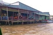 Местная кафешка на реке Байхап.