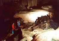 ластами по каскаду-пещера-источник Мчишта