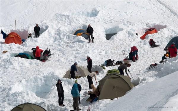 Наш палаточный лагерь у приюта Гутэ
