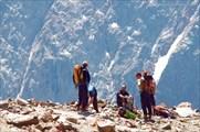 Альпинисты на спуске с Монблана