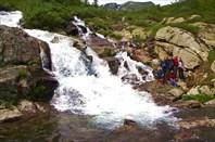 5,3 У водопада я и моя группа