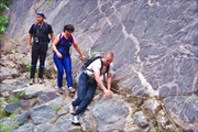 Тропа вдоль р. Чульча к водопаду Учар