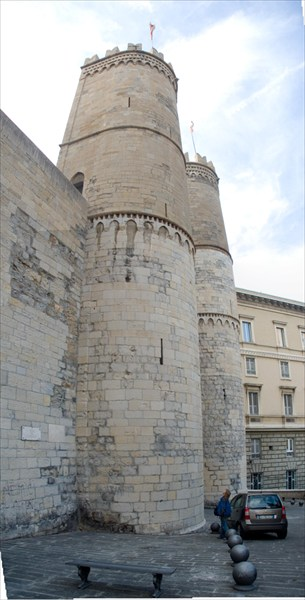 Genova Porta Soprana-средневековые ворота Генуи