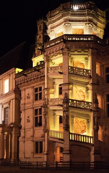 290.Blois