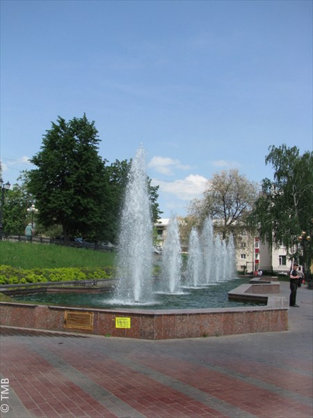 фонтаны у театра