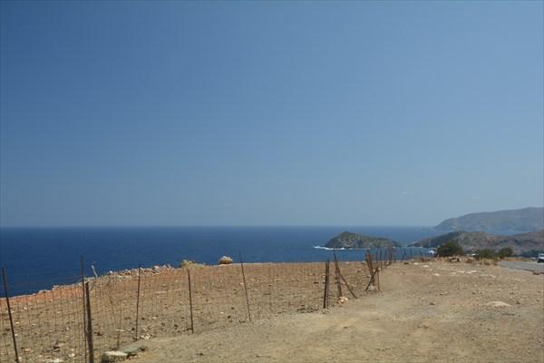 Типичный забор на Критской смотровой площадке
