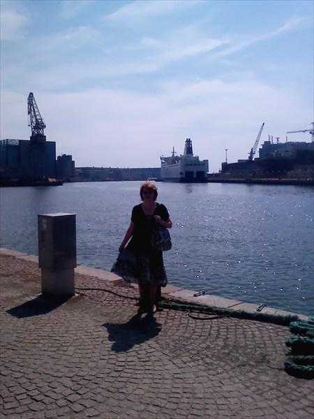 "В гавани Стокгольма. У пристани ""Принцесса Анастасия"""