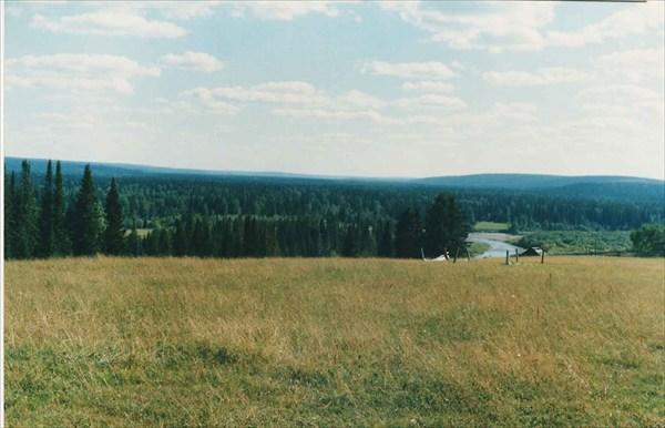 Долина Уньи с берега Печоры