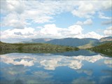 Горное озеро у перевала Чорргор - Хибины
