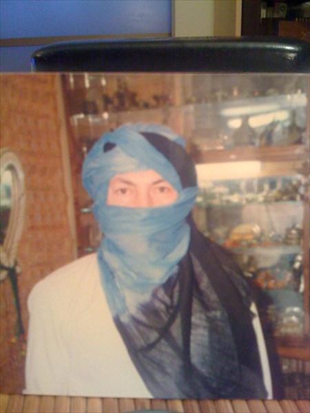 8104406D В одежде бедуина.
