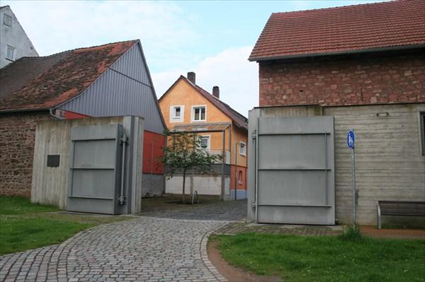 Хорошие ворота - спасение от наводнений.