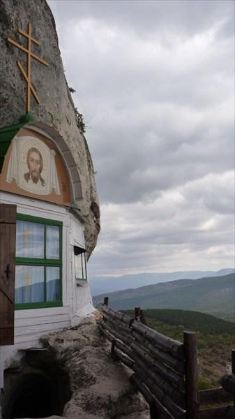 Второй этаж мужского монастыря
