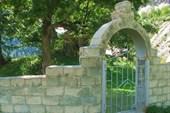 Церковь в Урстуальском ущелье