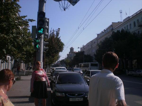 Ростов, ул. Б. Садовая.