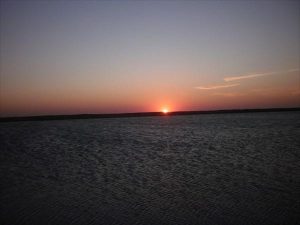 Закат на Арабатской стрелке.