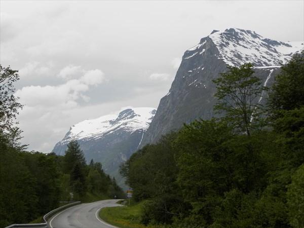 Оглядываясь в сторону фьордов