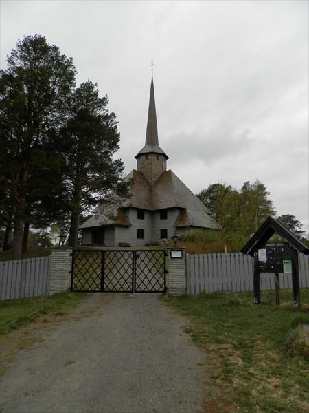 Церковь в Домбасе