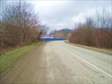Видим синий забор лесопилки