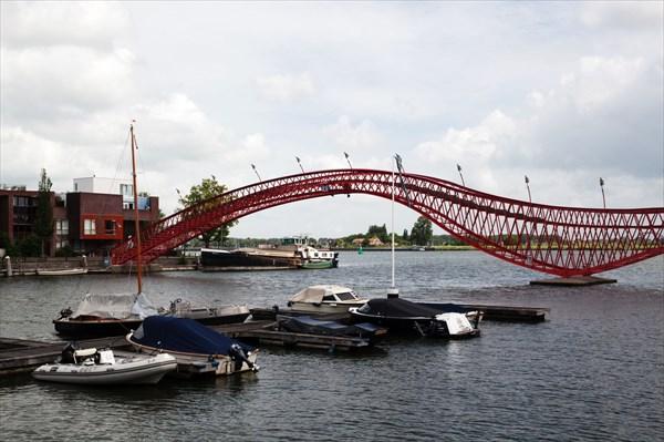 146.Амстердам