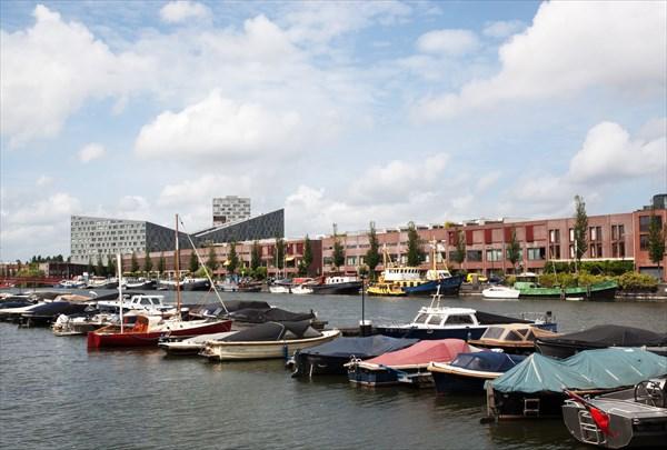 147.Амстердам