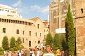 Готический квартал. Площадь перед Кафедральным собором
