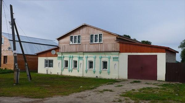 Местный домик