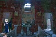 Стенка с иконами в Рдейском монастыре