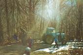 traktor-naverhu