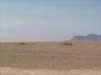 Остатки подземных каналов в пустыне близ Язда