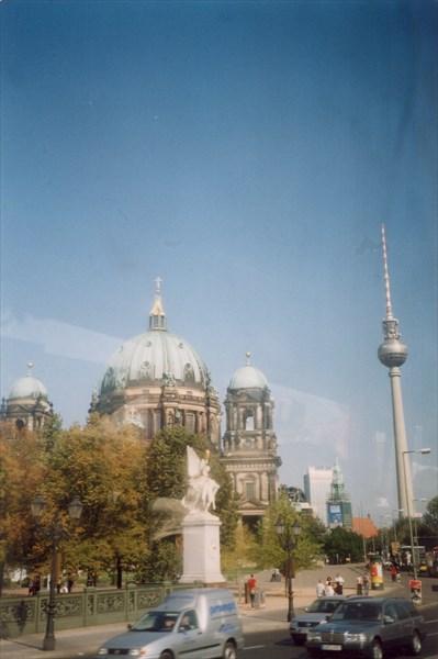 Телебашня и Берлинский кафедральный собор, Берлин