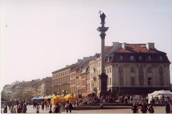 Дворцовая площадь Варшава