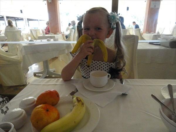 Завтрак в ресторане отеля