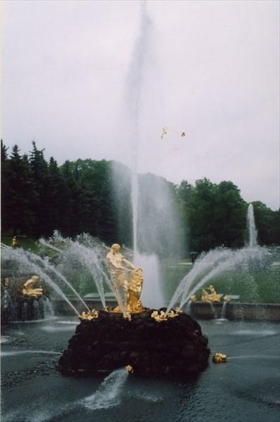 """Петергоф. Нижний парк. Фонтан """"Самсон"""""""