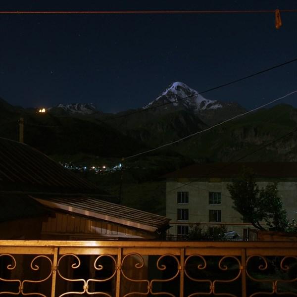 24 - Казбек ночью