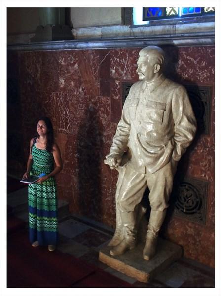 75 - В музее Сталина
