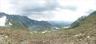 Вид с перевала Елангаш на долину реки Акбул