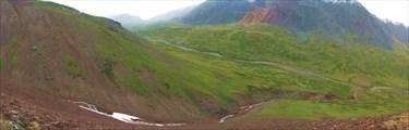 Каньон правого притока Тары на спуске с перевала Акбул