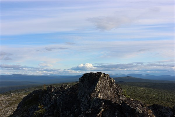 А это вид с Атынгауха на юг.