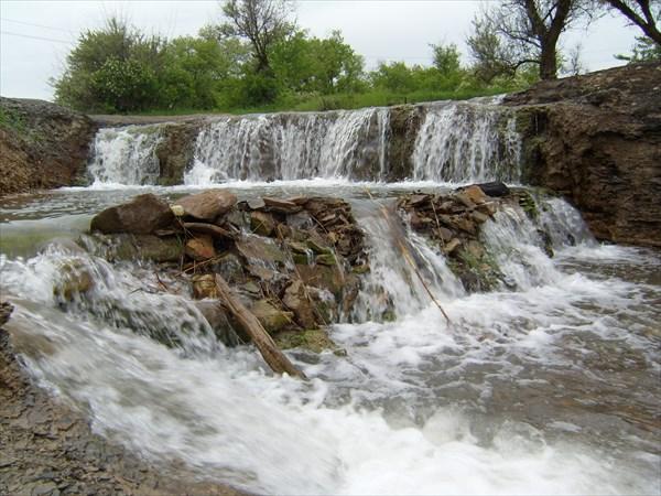 Водопад Примыканский.